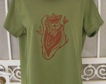 Owl and Leaves Ladies T-Shirt Olive Green