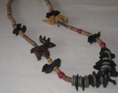 vintage 1970s Welcome to the Jungle - Wood Bead Necklace with Animals