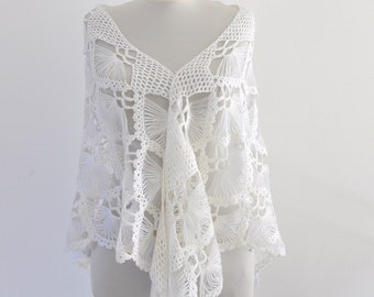 White Crochet Shawl Bridal Shawl Wedding Stole Wrap Mohair Delicate Chic Elegant Exclusive