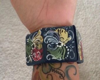 Norwegian Wood Rosemaled Stretch Bracelet