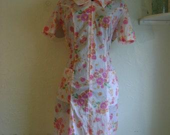 Pink Floral day dress, zippper front pocket dress