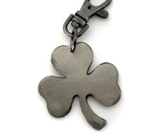 Shamrock Key Chain/ Clover Keychain/ Key Chain/ Clover Charm/ Lucky Charm/ Good Luck/ Keychain/ Gift For Men/ Groomsmen Gifts/Cool Keychains