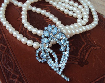 Vintage Long Pearl Necklace Rhinestone Pendant Long Chain Baby Blue Stones