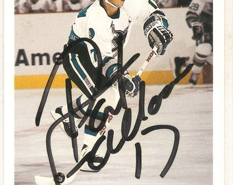 Pat Falloon Autographed Card