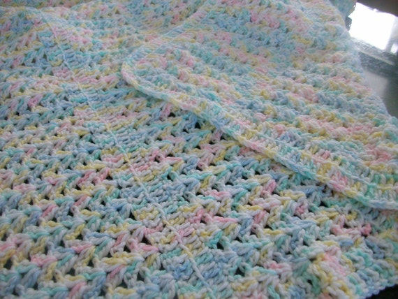 Crochet Baby Blanket Patterns Variegated Yarn : Variegated Crocheted Baby Blanket