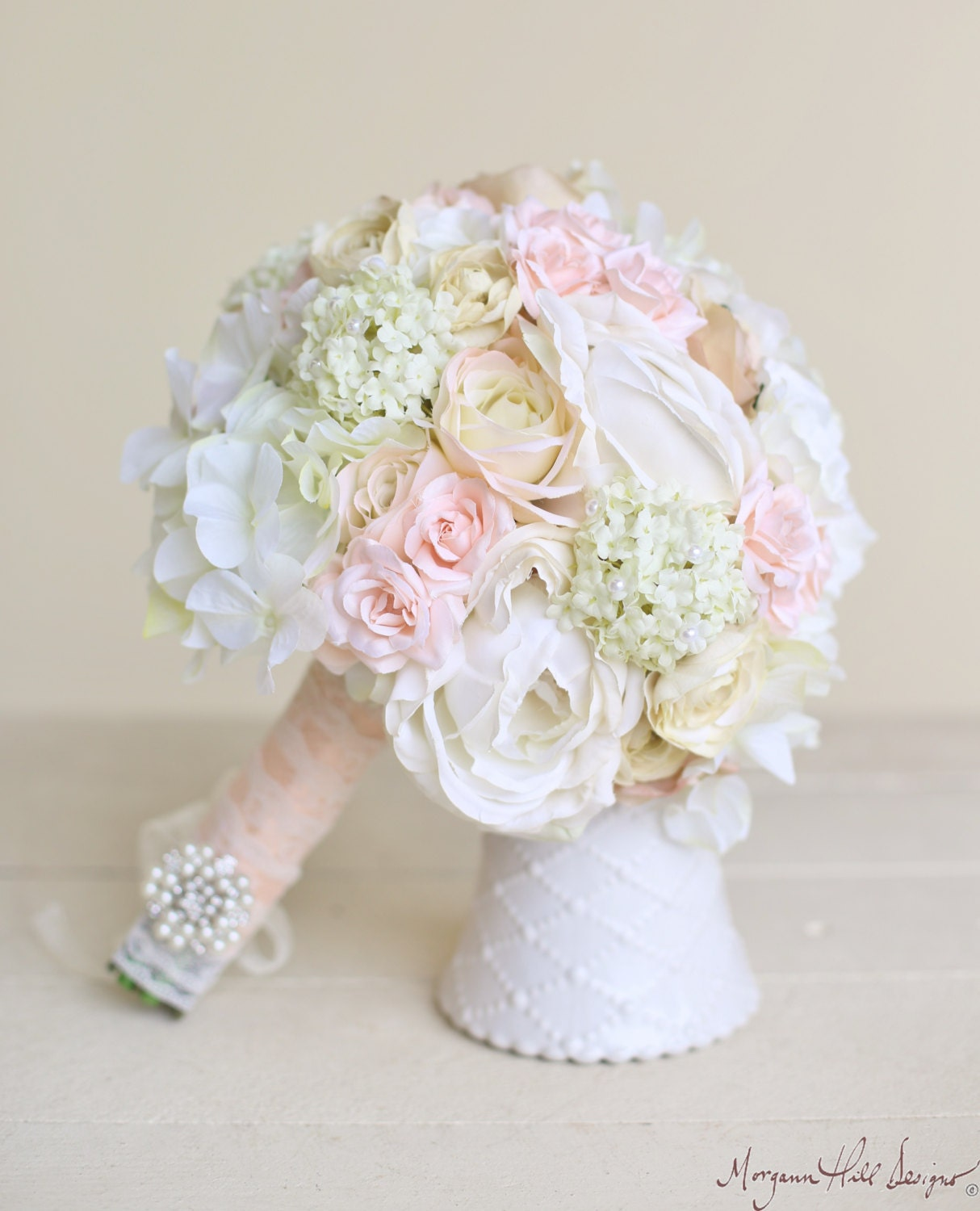silk bride bouquet classic white cream pink by braggingbags. Black Bedroom Furniture Sets. Home Design Ideas