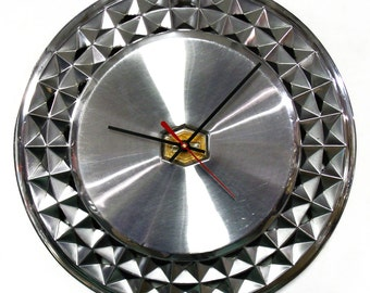 1981 - 1984 Chevrolet Malibu Hubcap Wall Clock - 1982 1983 Retro Chevy Car Clock - Classic Auto Gift - Geometric Clock