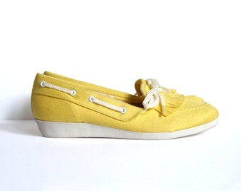 Vintage size 5.5 Canvas Shoes Yellow Slip On Sneakers Spring Fashion Flats Summer Fashion
