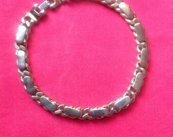 Vintage Brookraft  Heavy Gold Tone Choker Necklace