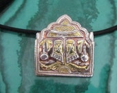 Feet of Vishnu Silver and Gold Pendant with Lotus Flower in Fine Silver and Gold