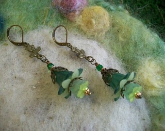 Woodland Fuchsia Earrings with Lucite Flowers and Copper Filigree