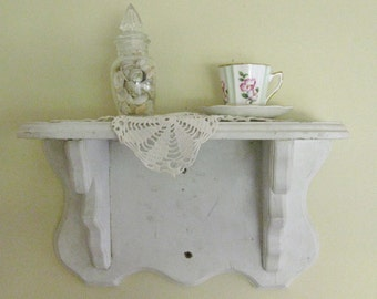 Vintage Creamy White Distressed Wall Hanging Shelf, Display Shelf, Clock Shelf, Scalloped Edge Primitive Cottage Chic Wall Decor
