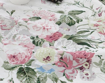 Catherine BIG roses on WhiteIvory Linen 140cm WIDE, U093