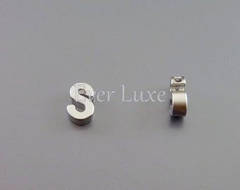 2 Uppercase letter S, matte silver initial beads, initial charms, alphabet beads, personalized jewelry 945-MR-S (matte silver, S, 2 pieces)