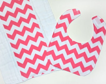 Pink Chevron Baby Girl Bib Set, Valentine Burp Cloth Set, Cloth Diapers Infant Baby BurpCloth, Gift Idea
