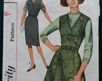 1960s Size 18 Simplicity V Neck Dress Pattern