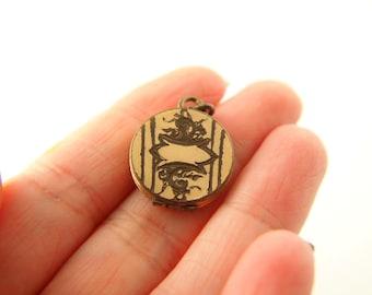 Engraved Locket - Gold Filled Locket - Flower Locket - 1940s Locket - Wedding Locket - Vintage Jewelry