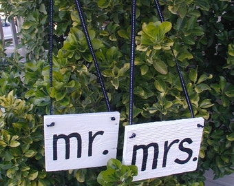 Black and White Mr and Mrs Western Rustic Wedding Sign Bridal Barn Wood Bride Groom Hanging Ready to Ship