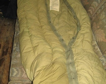 VINTAGE US MILITARY M-1949 Mummy feather   Down Arctic sleeping bag