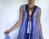 vintage. Chinse Blue Silk Long Flowy Vest //  M