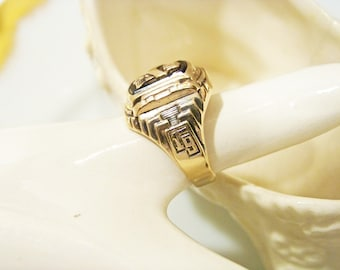 Antique Art Deco Ladies Class Ring 1937 ladies Balfour 10kt Gold Over Sterling  Onyx Goldflex Senior Class Ring.