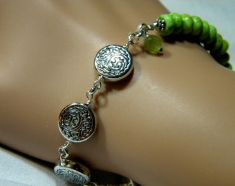 Green Turquoise and Silver Bead and Chain Bracelet