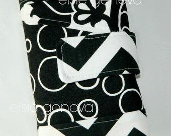 Black & White Geometric Chevron Spill Proof Interchangeable Circular Knitting  Organizer Case Roll or Tunisian Cable Crochet Hook Case