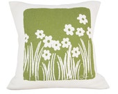 Wild Flora 20in Pillow in Olive