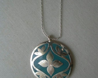 Vintage Medallion Silver Plated and Turquoise Enamel Pendant Necklace