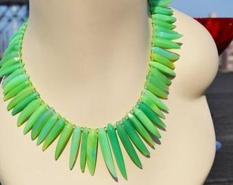 green chrysoprase coloured calcedony necklace...