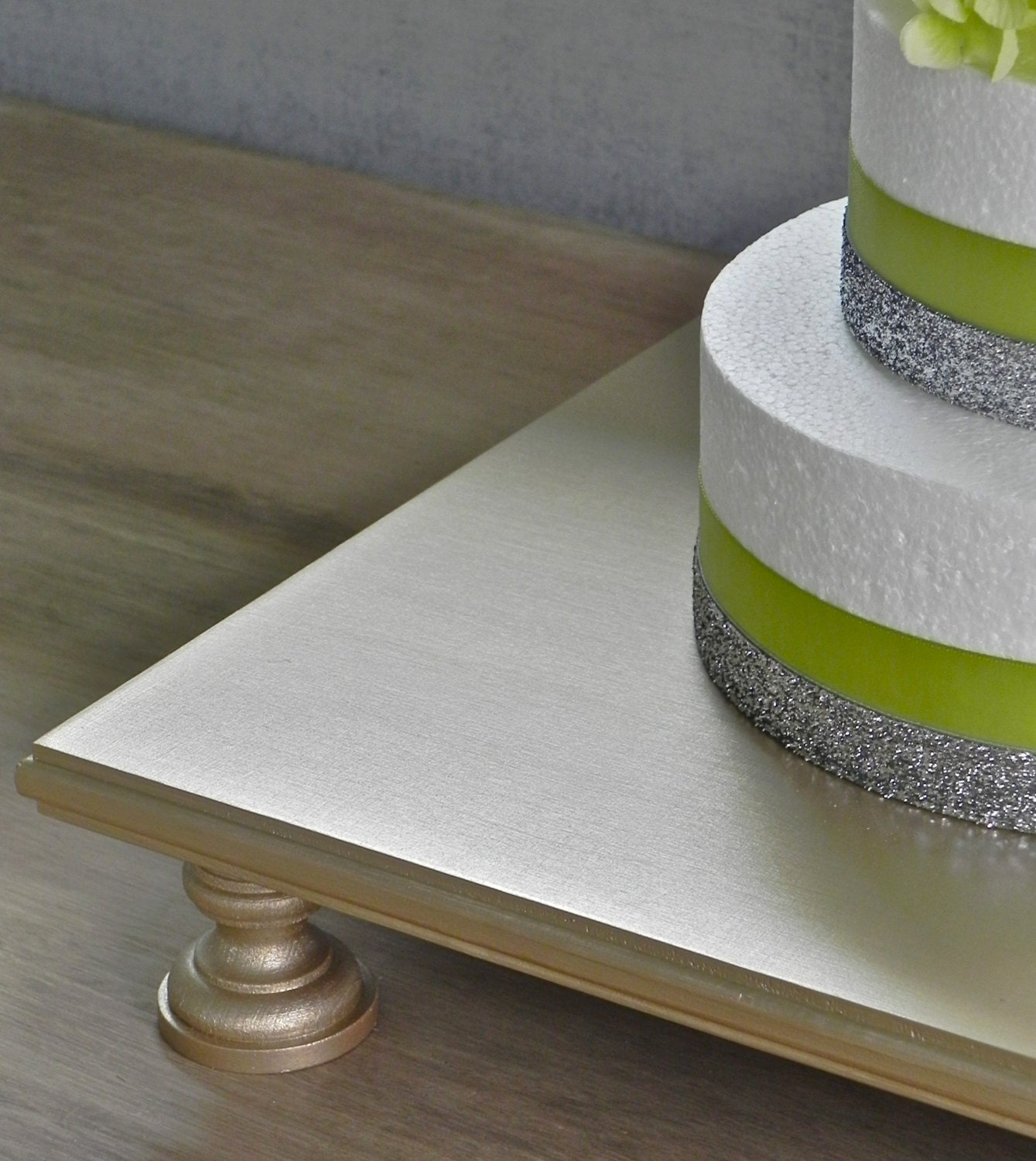 square cake stands for wedding cakes 16 wedding cake stand champagne square cupcake by 20356