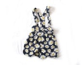 vintage romper 90's girls childrens clothing 90s daisy floral print shortalls size 12
