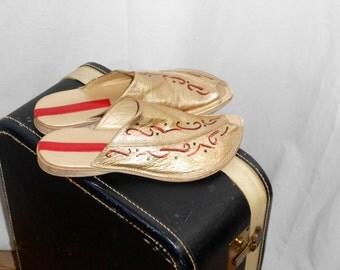 Womens Sandals Vintage Sandals Gold Sandals Womens Shoes Vintage Shoes Gold Shoes  Peep Toe Flats Peep Toe Shoes Open Toe Flats