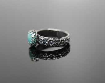 Queen for a Day Ring in Sterling Silver. Feminine patterned band gemstone ring. Formal and fancy focal women's engagement ring.