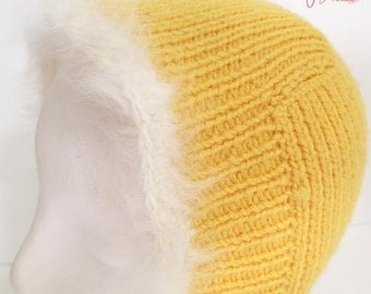 retro vintage knit ski bunny helmet hat white angora trim / ladies vintage knitted hood hat / gold yellow wool hat
