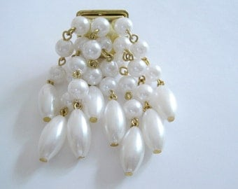 Vintage Gold Tone Dangling Faux Pearl Brooch