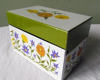 Lovely Vintage Floral Recipe Card Holder Tin from Syndicate MFG.