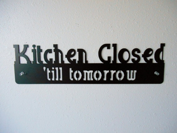 Kitchen Closed Metal Wall Decoration Sign