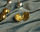 10pcs   Golden Snitch  18K gold/silver plating   Lovely magic ball  brass   Lockets