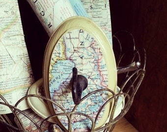 Map of Finland Wall Hook, Vintage Map Key Hook, Entryway Hook, Eco Friendly, Travel Inspired Rustic Home Decor, Upcycled Wall Hook