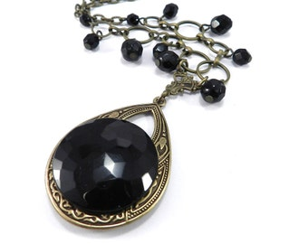 VICTORIAN MOURNING Button Necklace, Shimmering Midnight Black, Gothic Necklace 1890-1920 - Victorian Steampunk Jewelry by compassrosedesign