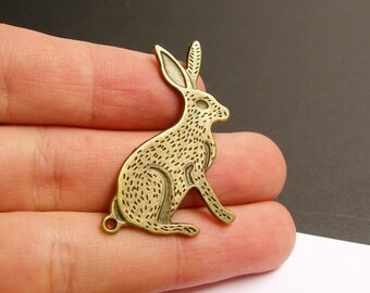 6 Rabbit Charms - 6 pcs antique brass bronze wild hare charms -  BAZ93