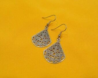 Miss Fancypants antique silver filigree earrings (Style #279AS)