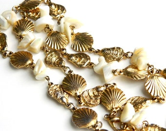 "Vintage Vintage Genuine MOP Mother of Pearl Shell and Seashell Necklace - Seashore Charm Strand Necklace - 31"" Long"