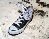 Shoe Wings - WHITE ON - for YouR SupeR HerO - )( Get your SHOE Shinez On: )(