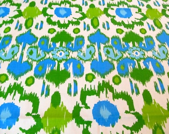 Table Cloth Round TCR1437E  Bright and Beautiful Turquoise, Green, Blue and White Heavy Cotton