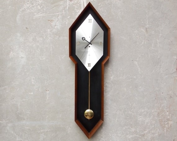 Howard Miller Large Modern Pendulum Wall Clock 8-Day Key