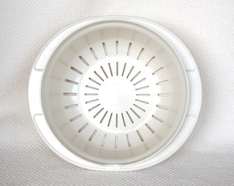 Vintage Tupperware Ultra 21 Steamer Colander Part 1740 For Oven and Microwave