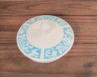 Vintage Blue and White Lid