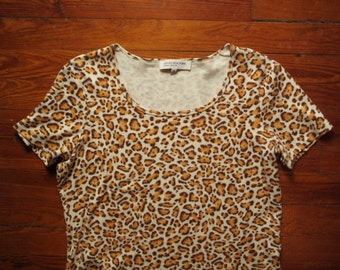women's vintage leopard short sleeve crop top.